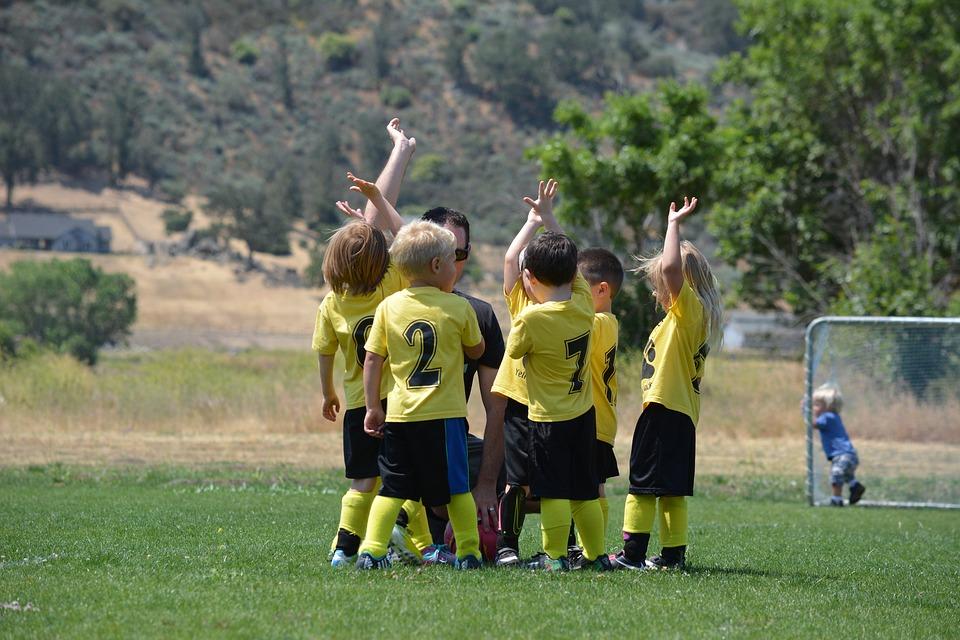 10 raisons importantes pour lesquelles les enfants devraient faire du sport