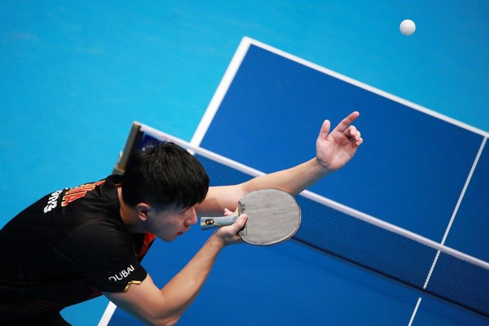 Quelle est la différence entre le ping pong et le tennis de table ?