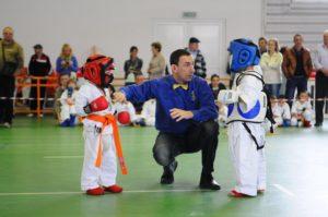 Quel art martial choisir pour votre enfant : Judo ou Karaté ?